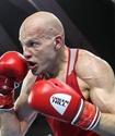 Василий Левит күтпеген жерден эквадорлық боксшыдан жеңілді
