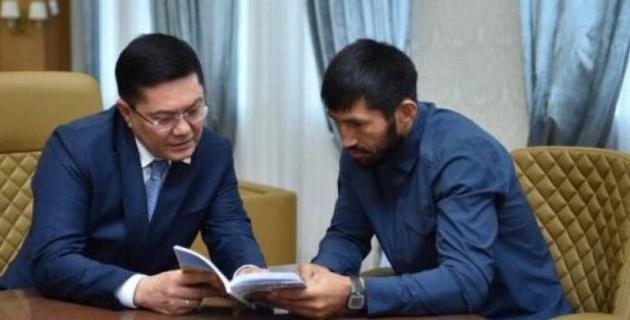 Арман Оспанов Шымкент әкімімен спорт жағдайын талқылады