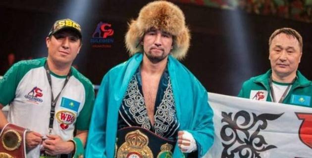 Үш титулға ие жеңілмеген қазақ боксшы WBA рейтингінің Топ-3 тізіміне кірді