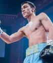 Батыр Жүкембаев жекпе-жек алдында салмақ өлшеу рәсімінде қарсыласынан ауыр болып шықты