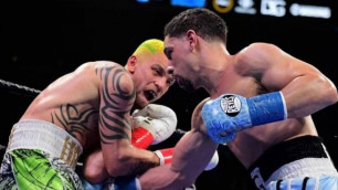 """""""Майк Тайсон"""" деп айғайлаған украиналық боксшы қарсыласын тістемек болды"""