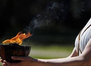 Грекия Олимпиада алауын Жапонияға табыстады
