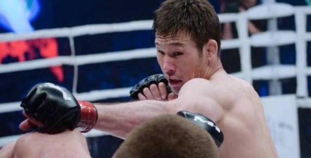 """""""Ауыр соққы жасай алмаймын"""". Рахмонов UFC ұйымындағы дебюті неге кейінге шегерілгенін түсіндірді"""