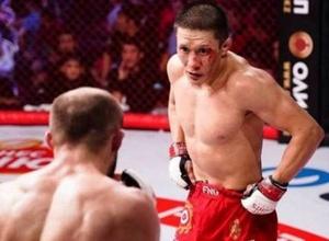 Нокаут немесе қылқындырып тастайды. Жұмағұловтың UFC ұйымындағы бірінші кездесуі қалай аяқталады?