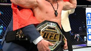 """""""Головкин жекпе-жектерін..."""". UFC чемпионы әлемдегі ең мықты боксшыны атады"""