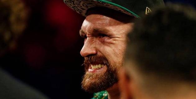 """""""Саған барамын, сүмелек!"""". WBC чемпионы 41 боксшыны сұлатқан қарсыласын сескендірді"""