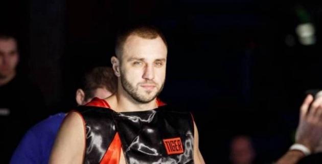 Әлем чемпионы атағына үміткер болған боксшы Головкин мен Альварес арасындағы мықтыны таңдады