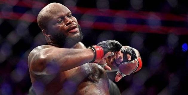 UFC чемпиондық белбеуіне үміткер болған спортшы қарсыласының тамағына түкіріп жіберді