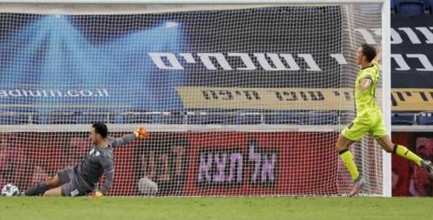 Израиль құрамасының қақпашысы ұлттар лигасында күлкілі гол өткізіп алды