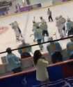 Мексика мен Қазақстан хоккейшілері ойын біте салысымен жаппай төбелесті