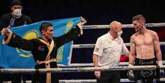 Тұрсынбай Құлахмет 2020 жылдың үздік боксшысы атанды