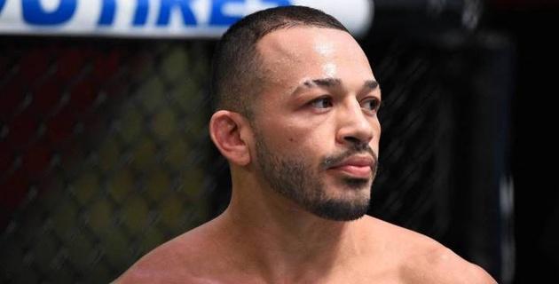 Хабибтің менеджерімен жұмыс істейтін UFC файтері қарындастарын пышақтаған