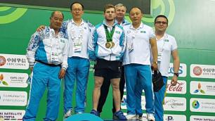 Альберт Линдер Азия чемпионатында алтын алды