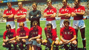КСРО құрамасының формасы FourFourTwo нұсқасы бойынша тарихтағы үздіктер рейтингіне енді