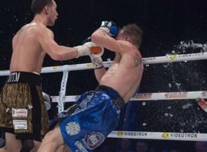 Жүкембаев жұдырықтасқан бокс кеші жаппай төбелеспен аяқталған