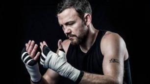 Орта салмақтағы мықты боксшыларды саусақпен санап алуға болады. Мен алтыншы орындамын - Энди Ли