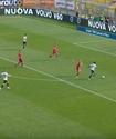 Футболшы барлық қарсыласын алдап өтіп гол салды