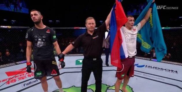UFC турнирінде бірінші рет өнер көрсеткен этникалық қазақ жеңіске жетті
