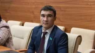 Серік Сәпиев депутаттық мандатын тоқтатуды өтінді