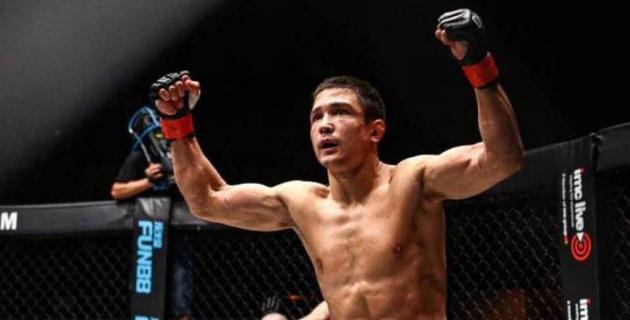 UFC-дің экс-чемпионын сенсациямен жеңген ресейлік файтер бойында қазақтың қаны барын айтты