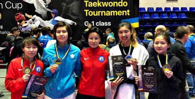 Таеквандодан еліміздің жастар құрамасы халықаралық турнирде 12 жүлде жеңіп алды
