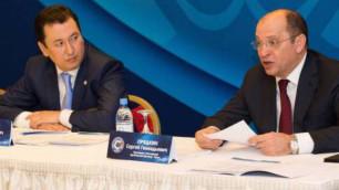 Футболдан Ресей Премьер-лигасының президенті қазақтың шапанын киді