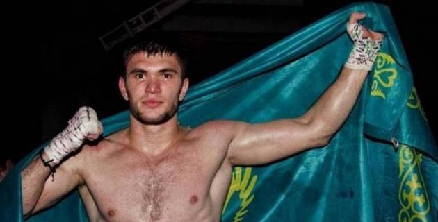 Қазақстандық Ахмедов америкалықты нокаутқа түсіріп, WBC титулын жеңіп алды