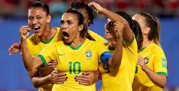 Әйел футболшы әлем чемпионаттары тарихында ең үздік бомбардир атанды