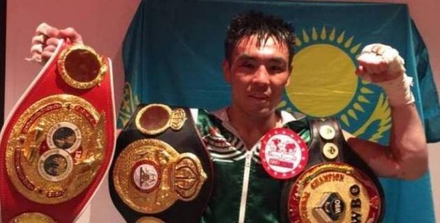 Жеңілмеген қазақ боксшы WBA, WBO және IBF титулдары үшін жекпе-жекте жеңіске жетті
